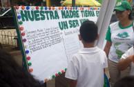 Emotivo y vistoso desfile y parada ambiental lleva acabo la Embajada mundial de Activistas por la paz en la ciudad de Tocoa Honduras