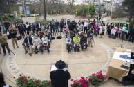 Acto de Proclamación para celebrar el 3 de marzo como Día Mundial de la Vida Silvestre en San Antonio, Texas, Estados Unidos. En la foto: el Embajador Mundial de la Paz Dr. William Soto Santiago, voluntarios, autoridades locales y medios de comunicación