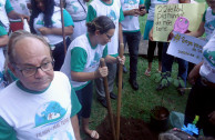 Activists for Peace give talks on behalf of Mother Earth