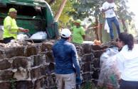 recolección basura día de la tierra