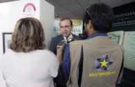 Medios entrevistando