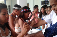 Students learn about indigenous culture in Panama