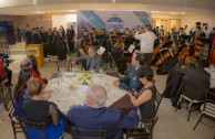 Cena amenizada por la Orquesta Sinfónica Nacional de la EMAP en cabeza de su director el Maestro Jorge Montemayor Paz.
