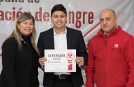 Delivering a certificate to a voluntary blood donor