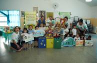 Sara Ines Barrera de Pellicer Kindergarten receive an instruction on the 5Rs.