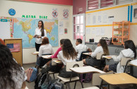 estudiantes y docentes