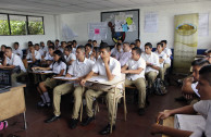 Actions of respect for human dignity during educational workshops in El Salvador.