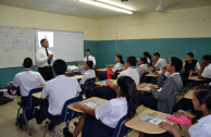 Instituto América recibe taller de Educar para Recordar