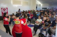 Estudiantes y docentes.