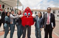 Gotito encouraged the students and director of the UPTC to donate the Sap of Life in Tunja