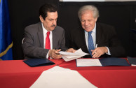 firma convenio PARLACEN -OEA