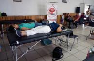 Damas donando Sangre