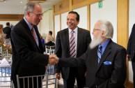 Yoed Magen, Embajador de Israel en Colombia y el Dr. William Soto fueron invitados especiales en el cumpleaños de don Jacobo.