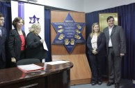 "National University of Asuncion receives the plaque ""Traces to Remember"""