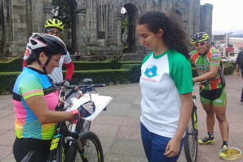Ciclistas costarrisenses
