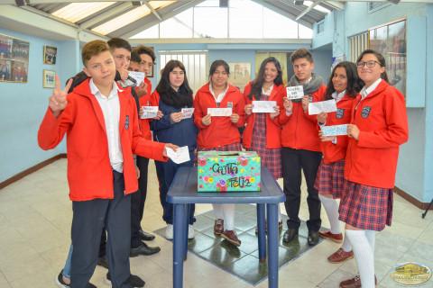 Estudiantes Colegio Henry