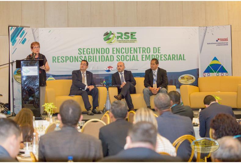Panel de empresarios