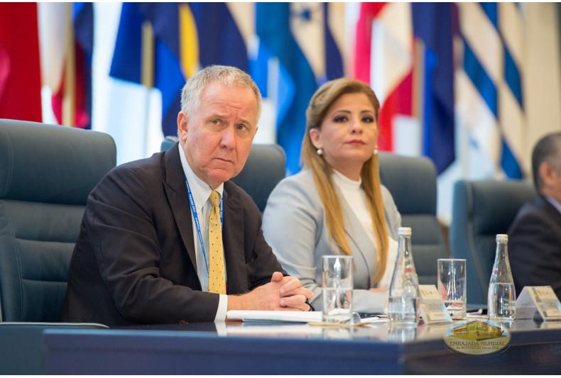 James Lambert y Gabriela Lara