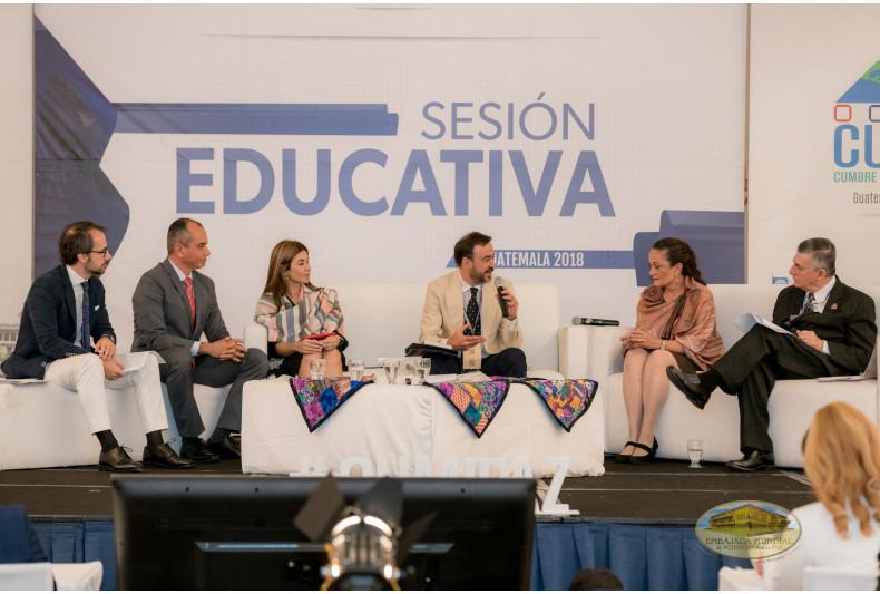 Educación y desarrollo social