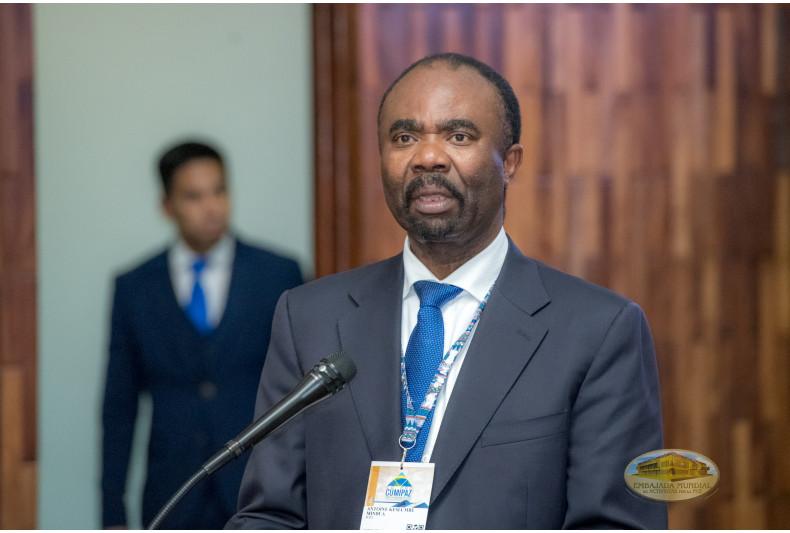 Juez Antoine Kesia-Mbe Mindua