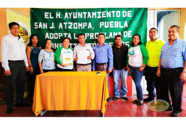 Madre Tierra encuentra respaldo en San Juan Atzompa, Puebla