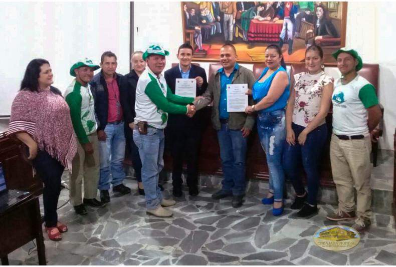 Concejo de Manzanares entrega resolución
