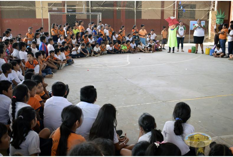 Charlas de educación ambiental reciben participación activa de los estudiantes