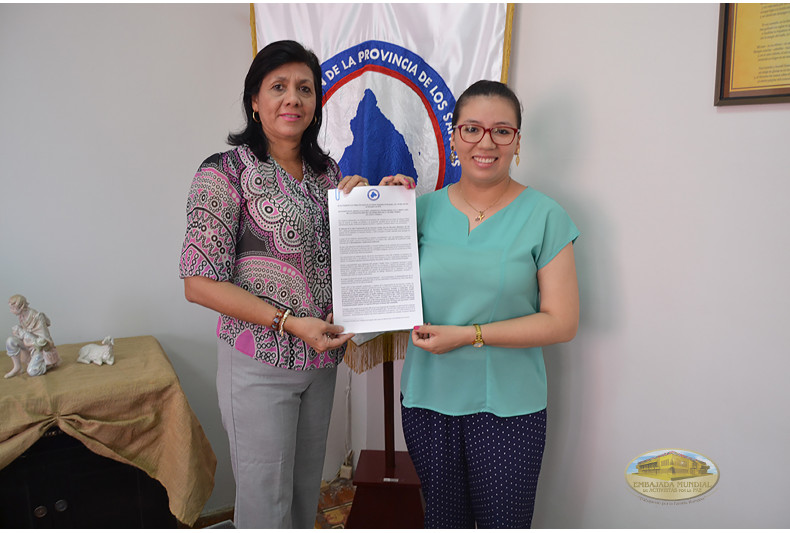 Entrega de manifiesto de la Gobernación de Los Santos