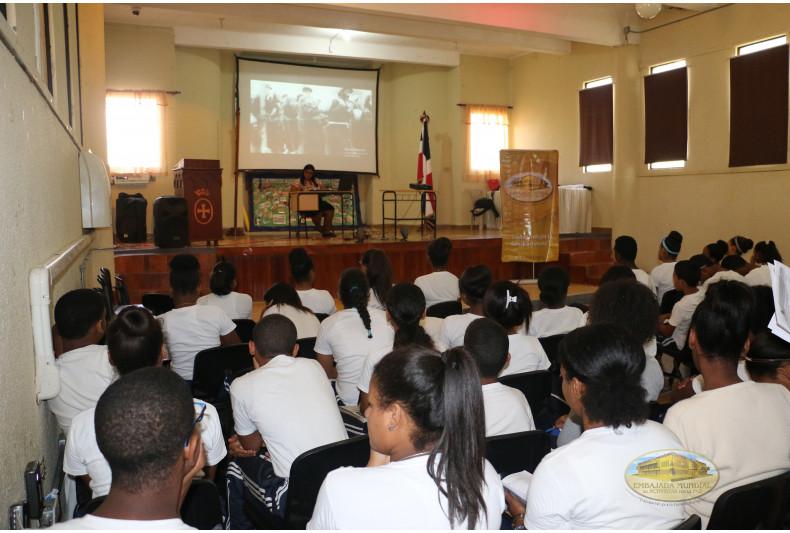 Talleres sobre Derechos Humanos en Colegio Oficializado San Rafael