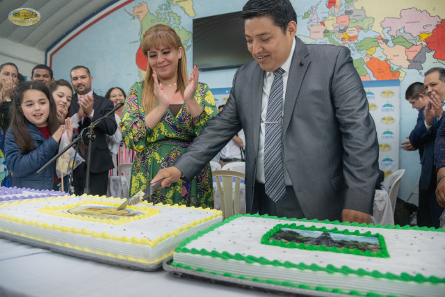 The cutting of the cake was made by Gabriela Lara, General Director of GEAP and Mr. Miguel González, National Coordinator of the GEAP in Guatemala7